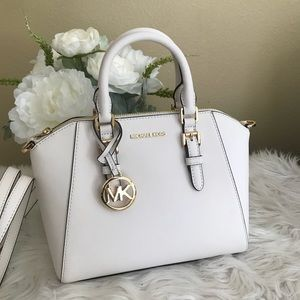 New Michael Kors Ciara medium messenger bag